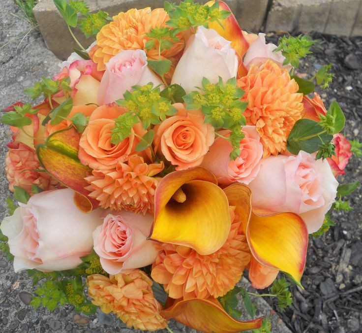 Example Of Lovely Orange Flower Bouquets