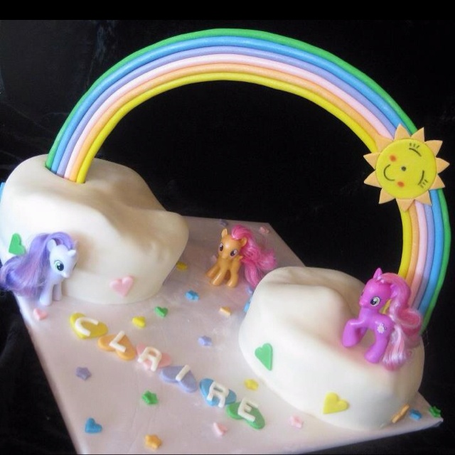 Love this my little pony cake from icing smiles. Im hoping to get one like it for my daughters' birthday party.