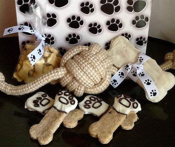 Paw print gift pack!