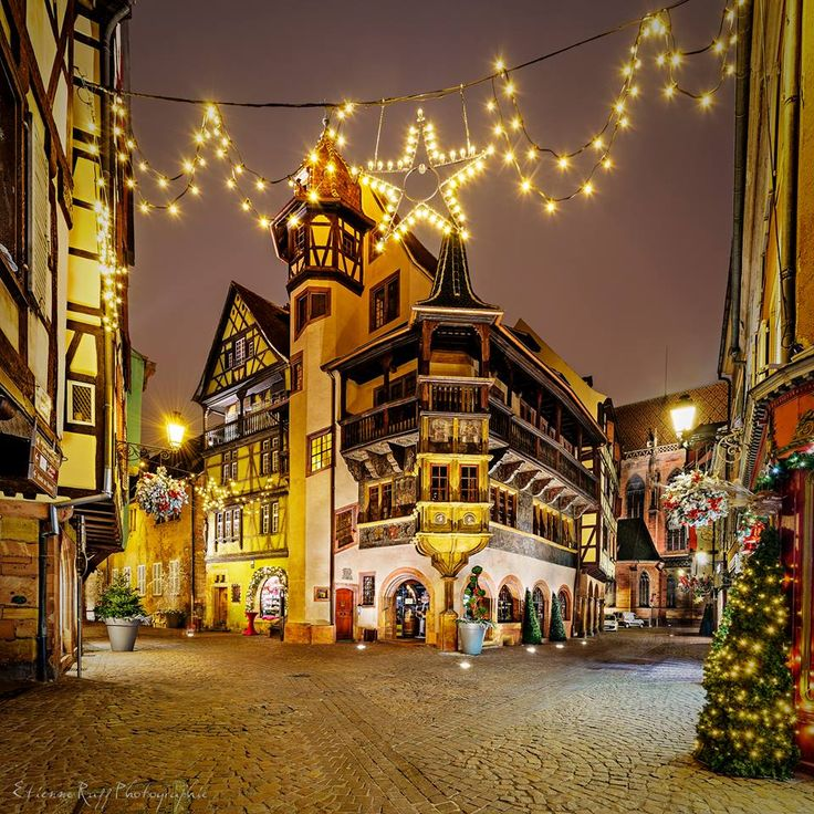 La maison pfister no l colmar france photo etienne - Petite maison de noel decoration ...