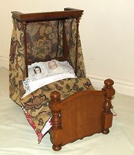 Amazing Wonderful Antique Victorian Dollu0027s Half Tester Oak Bed