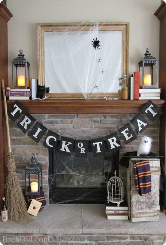 Halloween Decorations | Make this Pottery Barn knock off Trick or Treat banner for only $3.75 with the free printable template and Silhouette cut file!