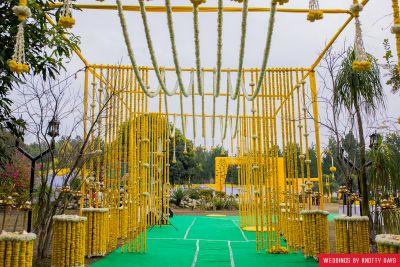 Best Destination Wedding: SriSau