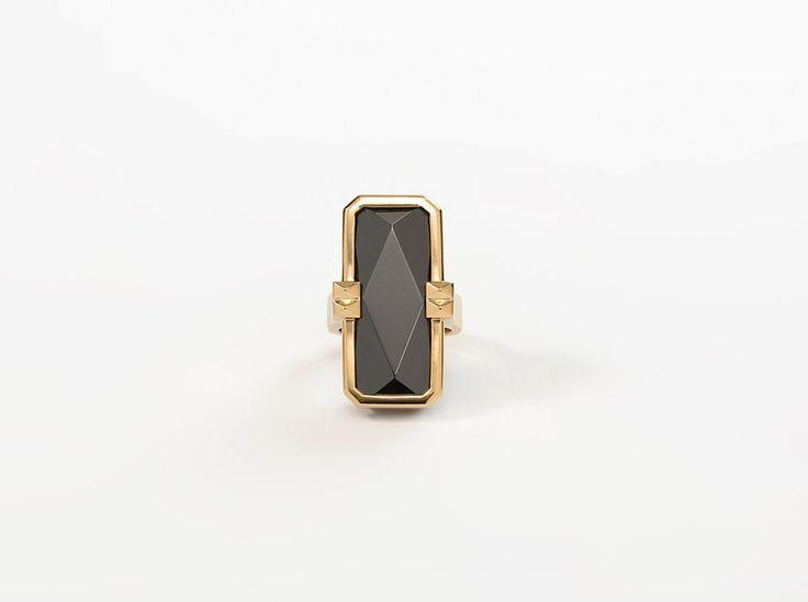 VINAYA ALTRIUS Cleopatra Ring Gold & Black