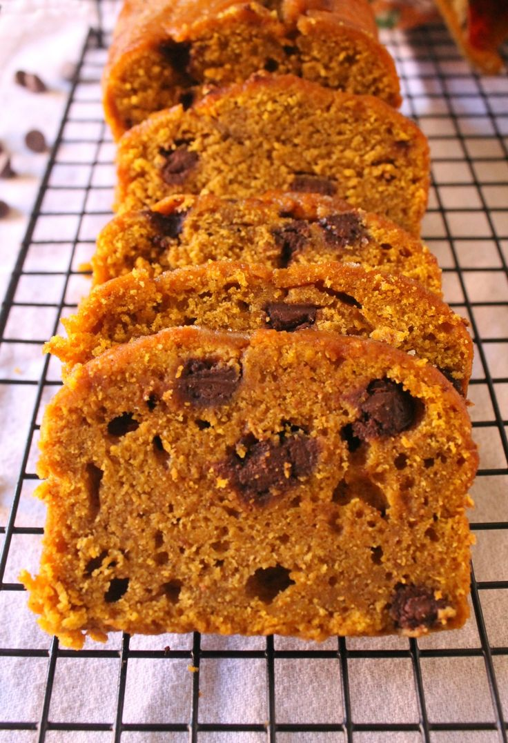 Pumpkin Chocolate Chip Bread - a classic fall dessert that everyone loves and looks forward to each year. Yummy, soft, and perfect for those cold mornings. - by Mama Maggie's Kitchen