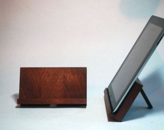 best 25 wooden ipad stand ideas on pinterest ipad stand iphone stand and wood docking. Black Bedroom Furniture Sets. Home Design Ideas