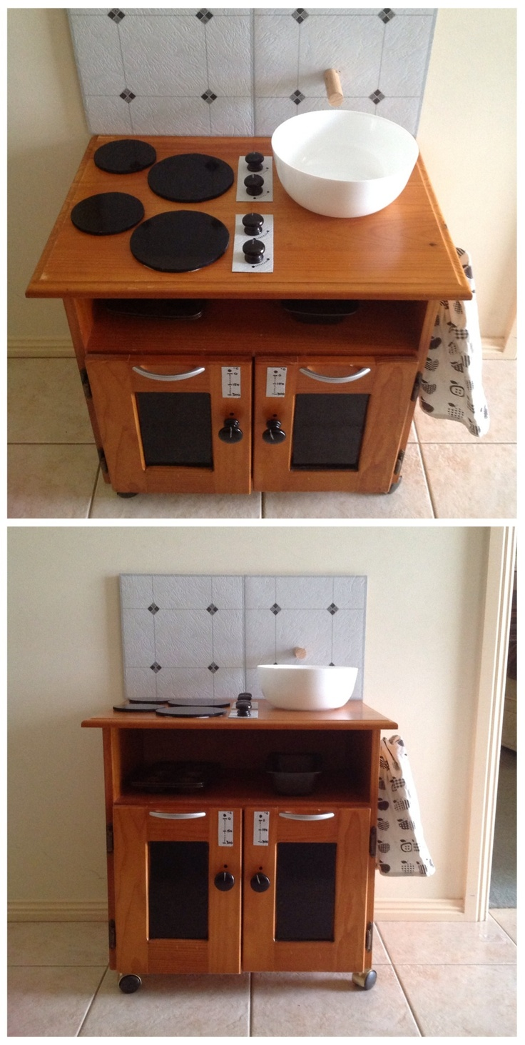 Look at my cute little kitchen i made for my day care room for Daycare kitchen ideas