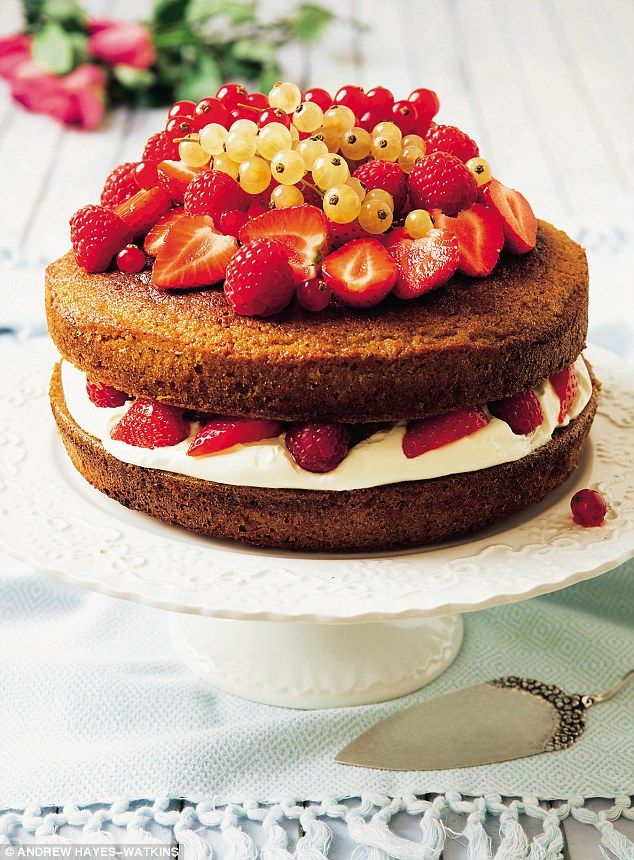 Davina Sugar Free Victoria Sponge Cake