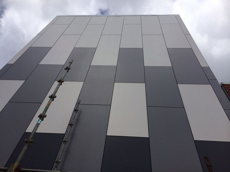 A new radiology clinic in Tauranga, New Zealand, featuring Laminam cladding using the CS45 cladding system.  www.laminam.co.nz  Laminam supplied by Laminex New Zealand. Cavity Facade System installed by All Wall Installations.