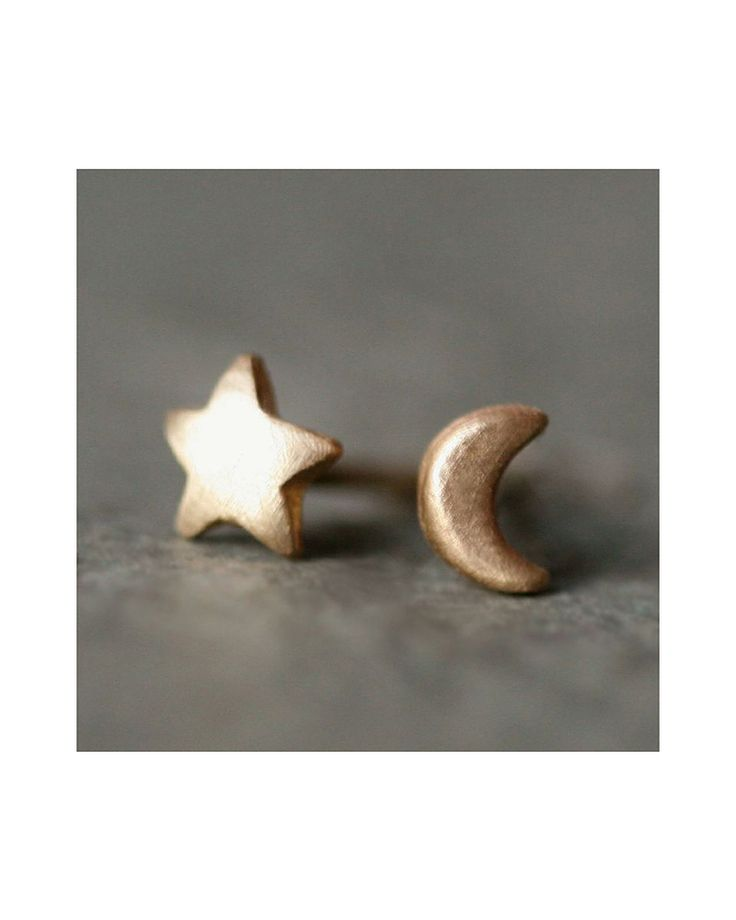 Tiny Moon and Star Stud Earrings. Cute!