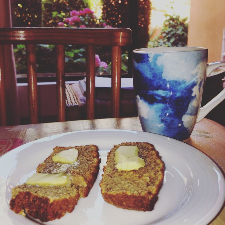 Banana Bread is one of my absolute favourite treats! This simple recipe allows you to still enjoy baked goods, just without the Gluten & Refined Sugar. #SugarFreeFern #GlutenFree #SugarFree