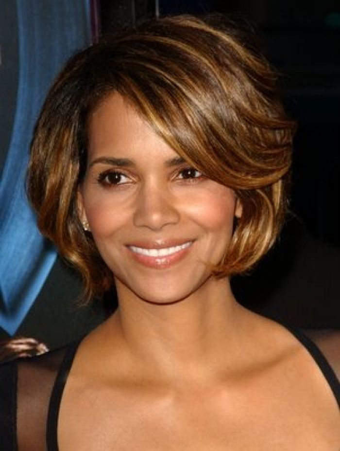 Short Feathered Hairstyles For Women Halle Berry