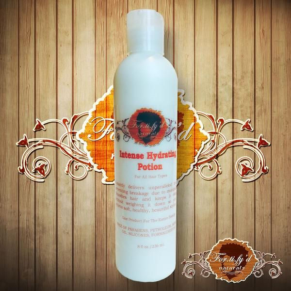 This super hydrating lotion performs the LOC method and is a curl defining styler in one bottle, preventing breakage and keeping natural hair elongated.