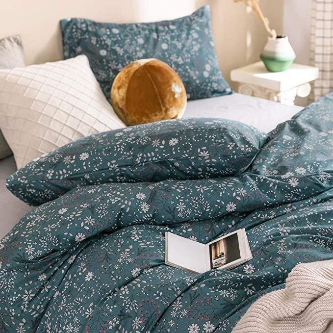 Amazon Com Vm Vougemarket Floral Duvet Cover Queen Percale Cotton Blue White Flower Plant Bedding Set R Green Duvet Covers Duvet Cover Sets Flower Duvet Cover