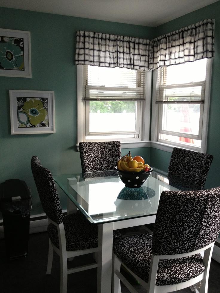 Black white teal kitchen valspar paint woodlawn for Teal kitchen ideas