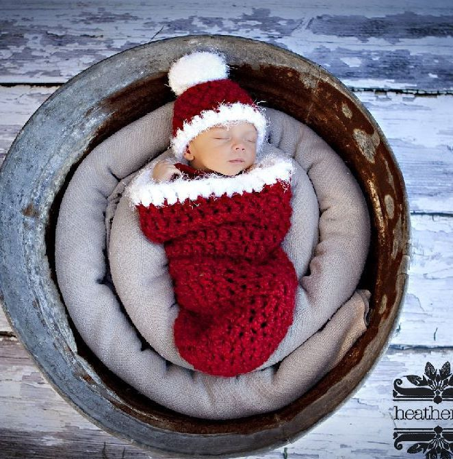 Christmas Santa Newborn Cocoon   Beautiful Photo Props