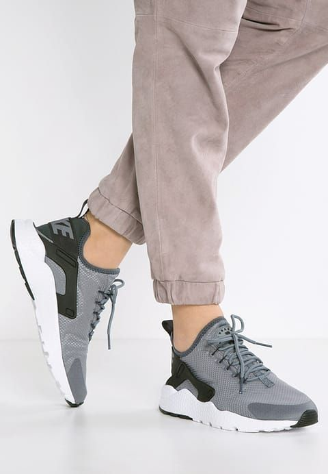 Nike Sportswear AIR HUARACHE RUN ULTRA - Tenisówki i Trampki - cool  grey/anthracite/