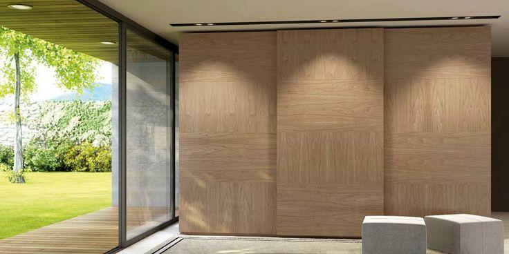 Armario de tres puertas a medida. #bedroom #wardrove #diseño #interiores #interiordesign