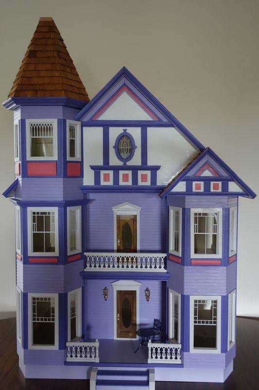 1000 Images About Dollhouses Artistic Unique On Pinterest Queen Anne Dollhouse Miniatures