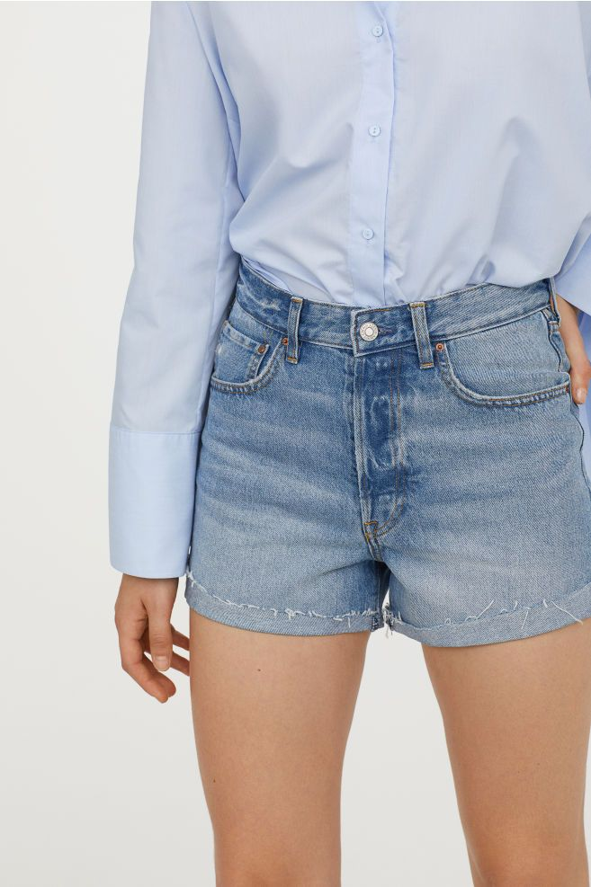 undefeated x novel design 2019 authentic Mom Fit Denim Shorts | Jeans outfit | Denim shorts, Shorts ...
