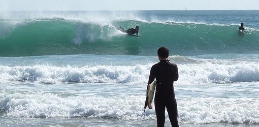 Things To Do In Lisbon –Surfing. Hg2Lisbon.com.