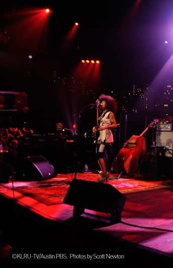 Esperanza Spalding on stage with the MIX/CUT/PASTE #shoes, SHOP COLLECTION SS13 #EsperanzaSpalding #live #fashion