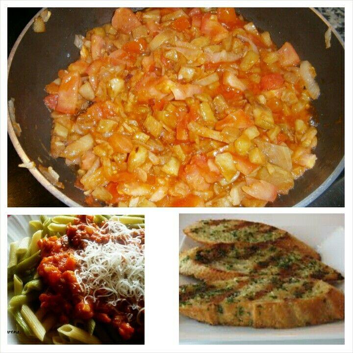 ESPAGETI con salsa bolonesa y pan con ajo que ana le preparo a chiristian y leo