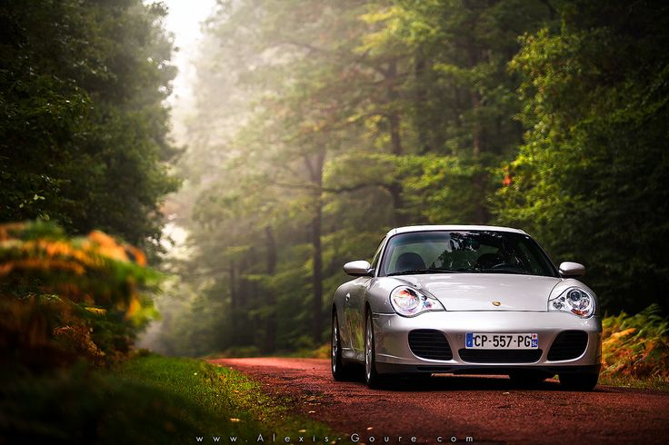 Get lost sometimes Starring: Porsche 996 (by Alexis Goure)