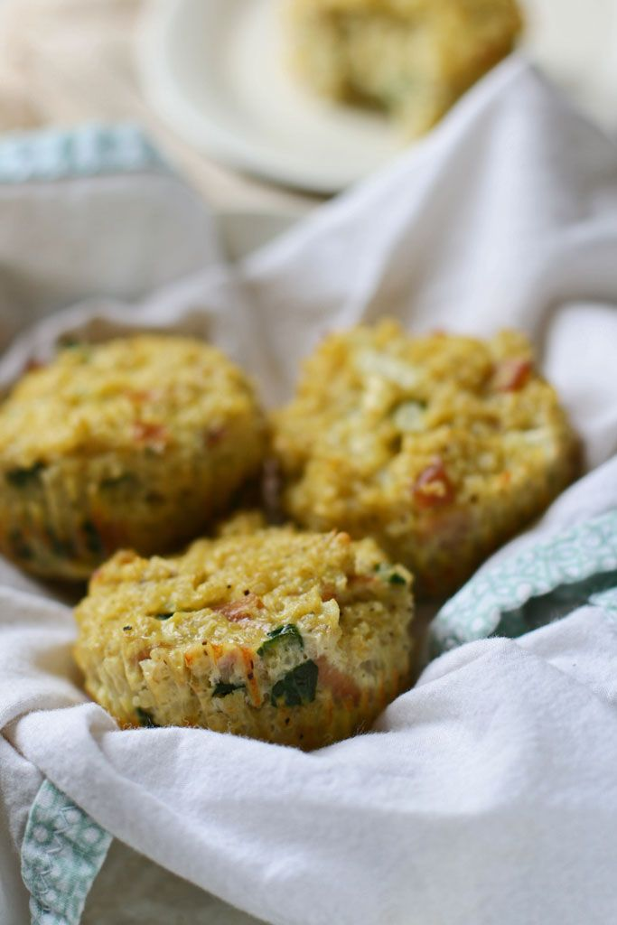 Savory soaked quinoa muffins can made with whatever ingredients you have lying around in the refrigerator. Plus, they freeze well so you make a double batch for quick snacks or for breakfast on-the-go! #quinoa