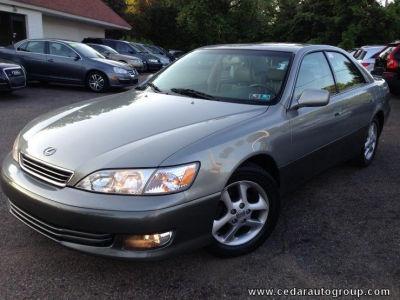 Used #Lexus Online, Best Deals on Used Lexus, Used Lexus for sale, Best Used Car Deals on Lexus: http://www.iseecars.com/used-cars/used-lexus-for-sale