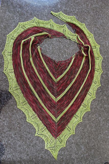 Ravelry: Pied Piper Shawl pattern by Anna Dalvi