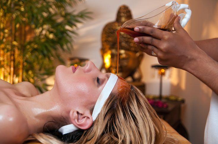 Ayurvedic Oil Massage Treatment Focuses on the Third Eye