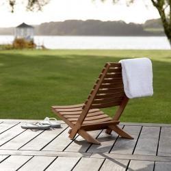 Dania Folding Beach Chair : Remodelista Horne