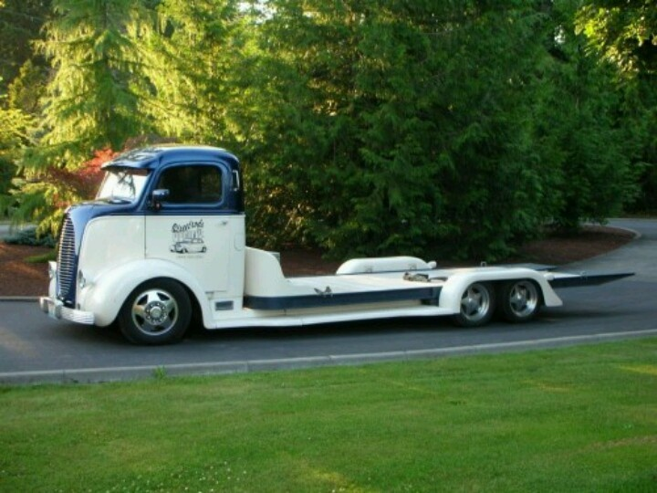 Old tow truck -Towing and Auto Transporter Insurance for over 30 years
