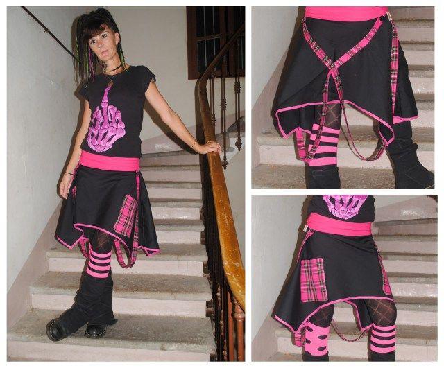 Transformation d'un sarouel raté en jupe à bretelles.  #homemade #diy #tartan #sarouel #jupe #couture #sew #sewing