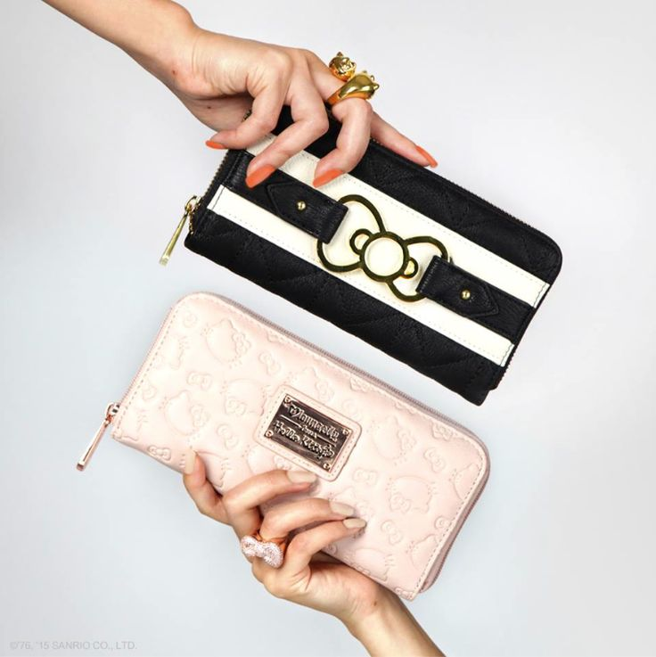 From sweet to chic! Whatever your style, Hello Kitty wallets always come in handy!
