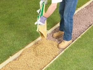 Best 20 gravel walkway ideas on pinterest walled garden - How to lay pebbles in garden ...