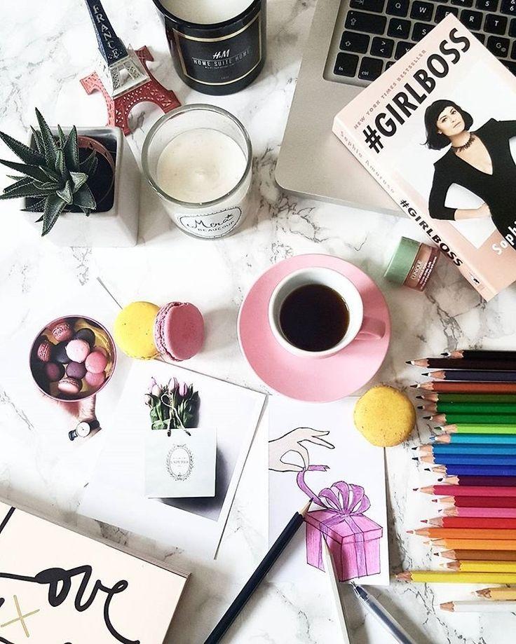 f l a t l a y t i p s auf instagram desk situation ivanias mode enjoyments. Black Bedroom Furniture Sets. Home Design Ideas