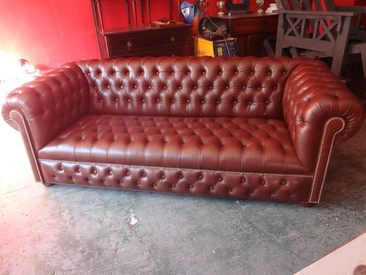 1000 images about sofa chesterfield on pinterest for Sofa 3 cuerpos salerno