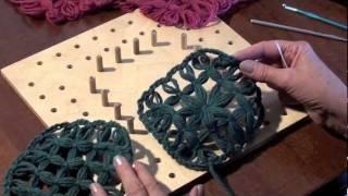 IL TELAIO DI MARIA GIO l'unione di due piastrelle, via YouTube.