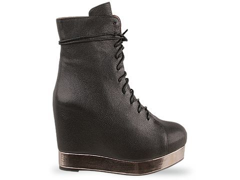 I WANT SO BAD. but i would never forgive myself for shelling out THAT much money for a pair of damn boots.