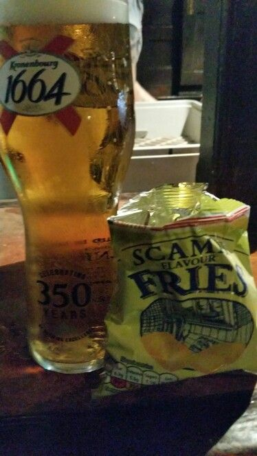 Beer and scampi fries