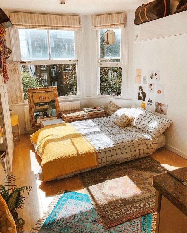 Simple Sunny Bedroom Cozyplaces Aesthetic Bedroom Aesthetic