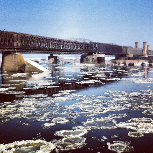 #Tczew #bridge #vistula #river #igersgdansk #pomorskie #architecture #poland #igerspoland (w: Mosty Tczewskie)