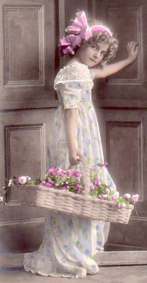 victorian girlVintage Flower Girls, Flower Baskets, Victorian Girls, Pictures Postcards Cards, Vintage Photography, Children, Vintage Picturespostcardscard, Vintage Girls, Beautiful Vintage