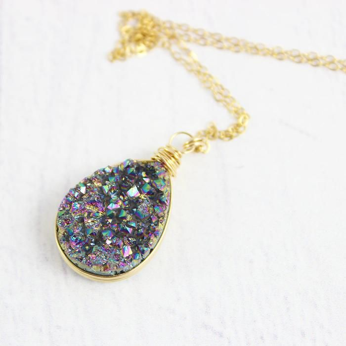 Rainbow Druzy Geode Gold Teardrop Necklace | Necklace | Jewelry | Druzy Jewelry | #druzy #druzyjewelry #jewelry #handmadejewelry | www.starlettadesigns.com