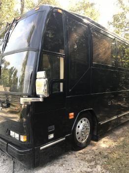 2001 PREVOST H3-45 VIP Bus for sale