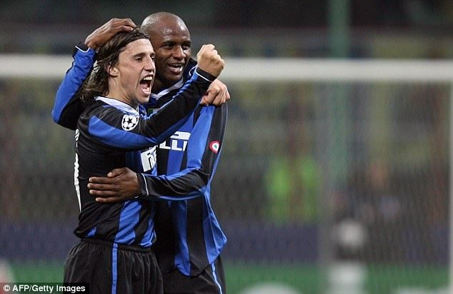 Crespo went to Inter and won three Serie A titles, celebrating here with Patrick Vieira
