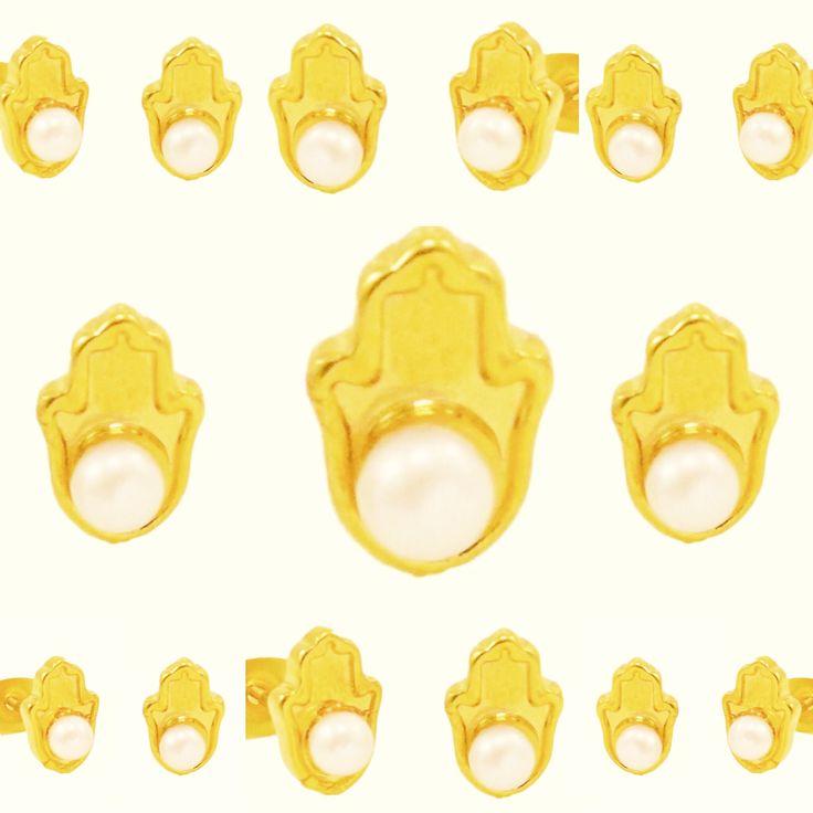 Que la mano de Dios me cuide. www.alvaroavila.com Visita nuestra página y encuentra tu tienda  ÁLVARO ÁVILA ®: http://www.alvaroavila.com/nuestra-estrategia/ #proteccion #protection # #pulseras #bracelets #colombia #puertorico #aretes #earrings @dulce_pecado_manizales @aleboutique @redsunsurf