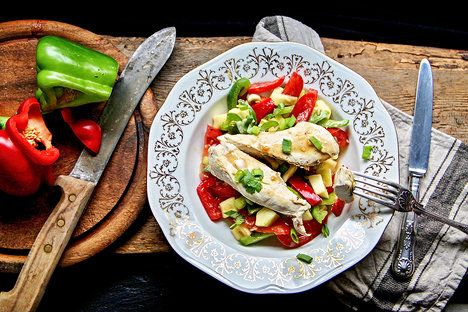 Pokud chcete dietní večeři s dostatkem bílkovin a se spoustou dalších cenných živin, zkuste recept od trenérky Ley; Z fitka do kuchyně 1